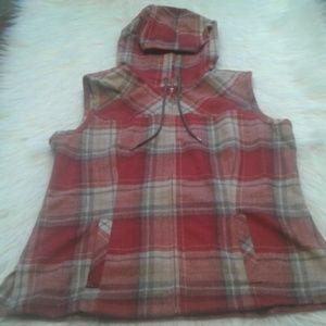Pendleton wool vest M. $ 75.00 # 1177